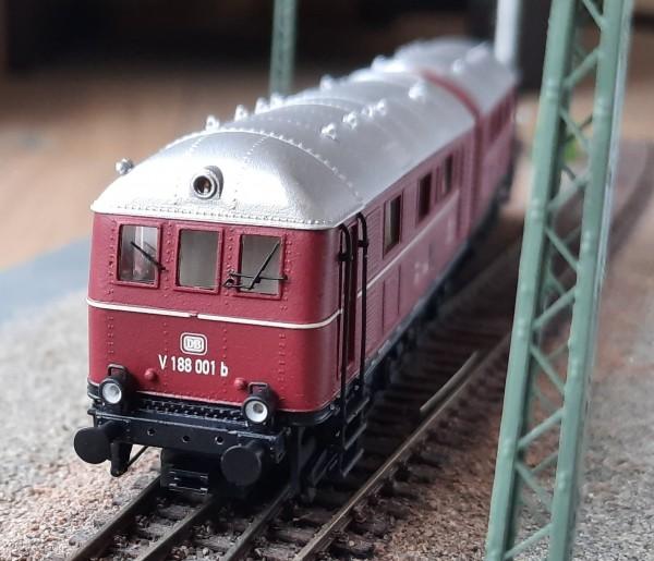 """Diesellokomotive der BR V 188 der """"Deutschen Bundesbahn"""""""
